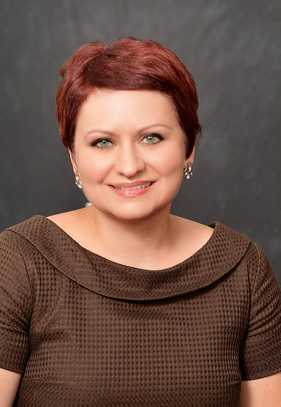 Angela Legner